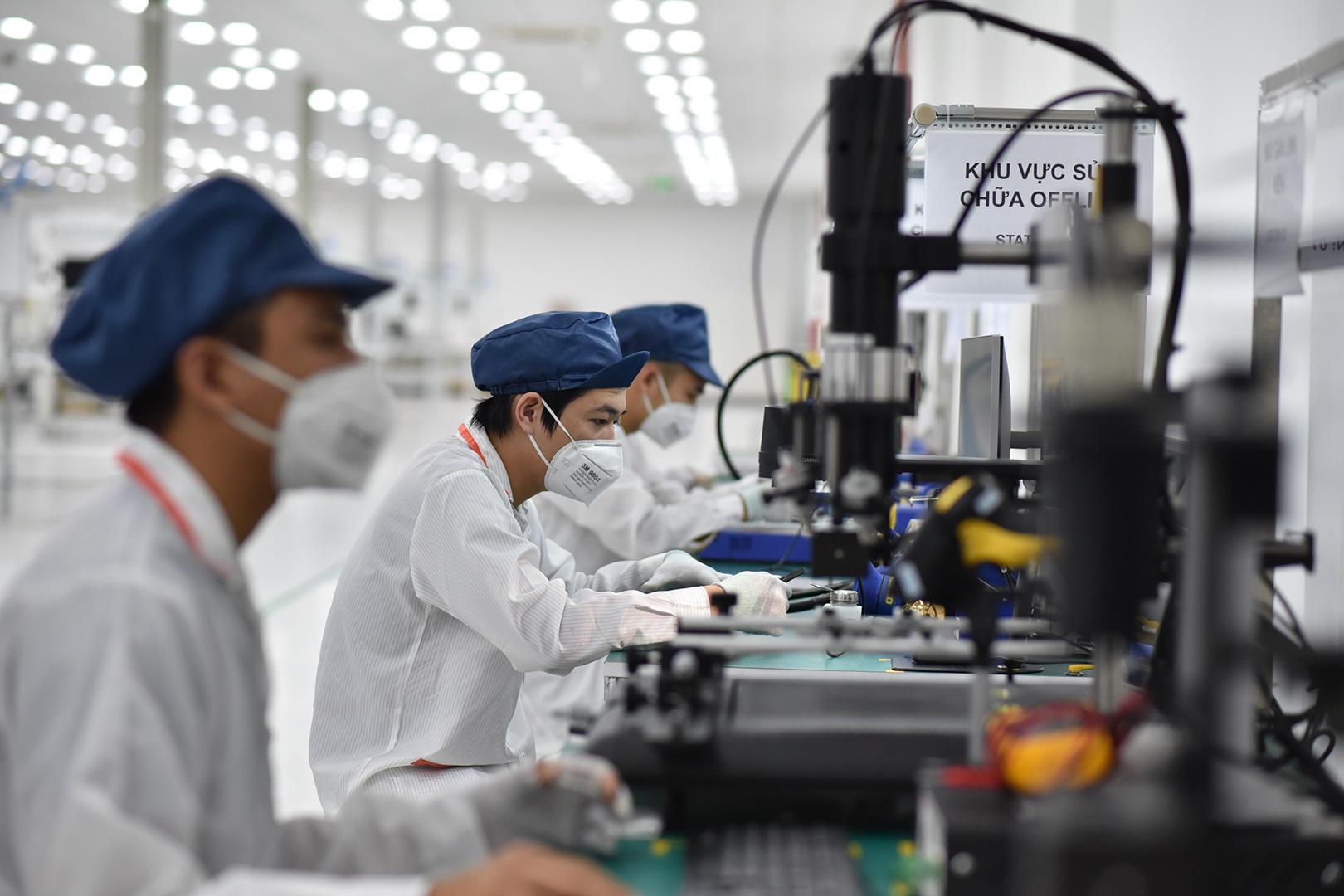 Vingroup khởi công nhà máy điện thoại thông minh công suất 125 triệu máy/năm - Ảnh 4