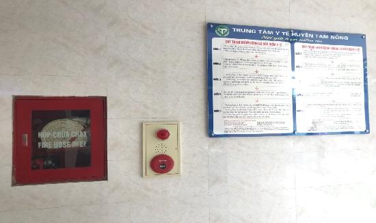 Công tác bảo trì, kiểm tra phương tiện phòng cháy, chữa cháy được thực hiện thường xuyên tại Trung tâm Y tế Tam Nông - Ảnh 3