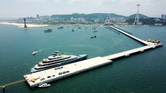 Dàn siêu xe trăm tỷ hội tụ tại Cảng tàu khách quốc tế Hạ Long  - Ảnh 8