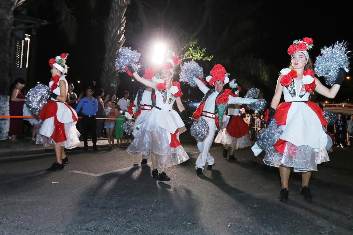 Carnival đường phố Đà Nẵng tối 23/6: đại tiệc của những vũ điệu  - Ảnh 4