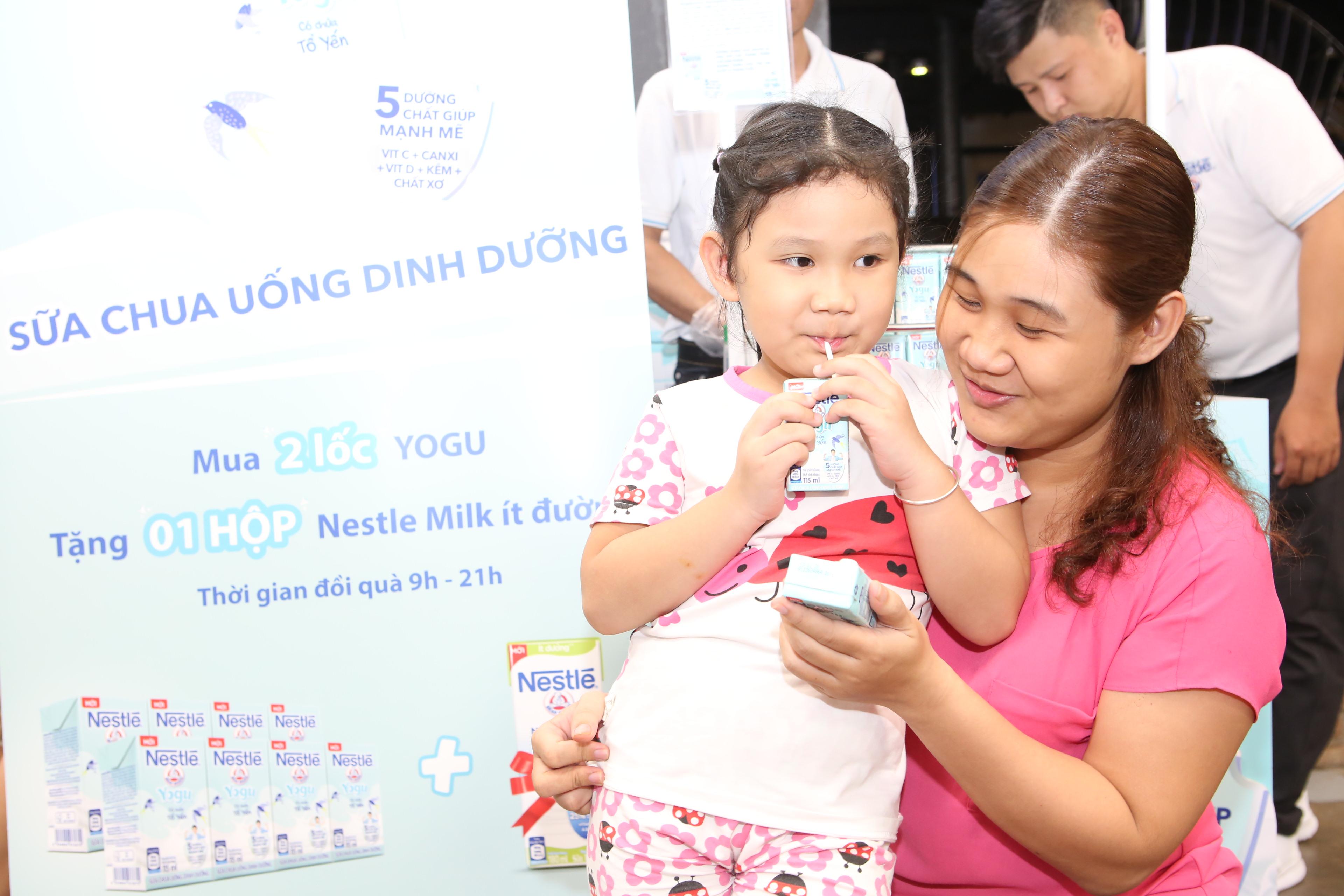 Sữa chua uống dinh dưỡng Nestlé YOGU có chứa tổ yến & Sữa NESVITA 5 Loại Đậu - Ảnh 1