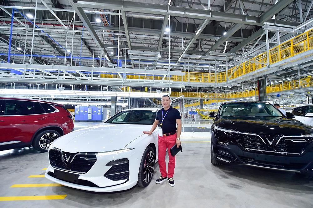 Trải nghiệm chưa từng có của khách hàng Việt khi nhận xe Vinfast Lux  - Ảnh 10
