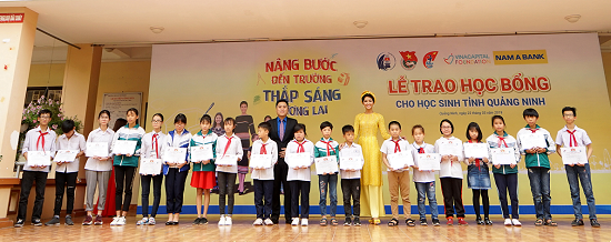 Nam Á Bank - Ngân hàng chính thức đồng hành xuyên suốt cùng cuộc thi hoa hậu hoàn vũ Việt Nam 2019  - Ảnh 2