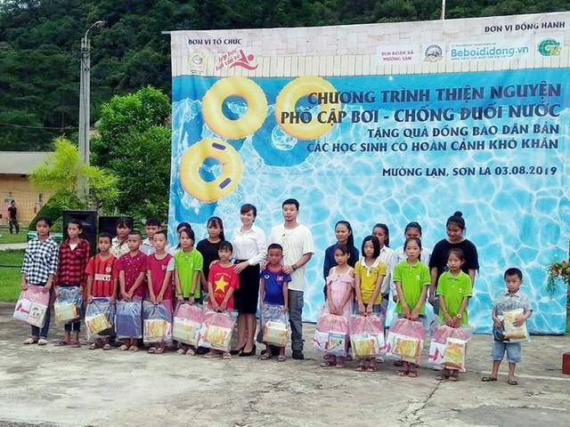 Chương trình thiện nguyện phổ cập bơi cho trẻ em vùng cao biên giới - Ảnh 5