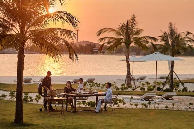 Bữa tiệc BBQ thịnh soạn ngay trong mỗi căn Villa của Premier Village Phu Quoc Resort  - Ảnh 1
