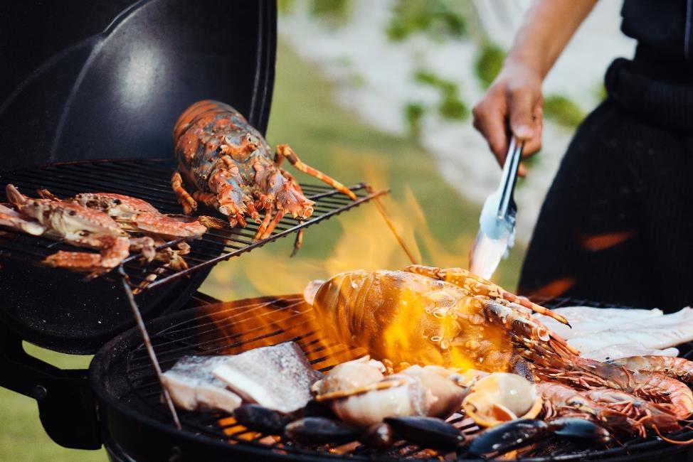 Bữa tiệc BBQ thịnh soạn ngay trong mỗi căn Villa của Premier Village Phu Quoc Resort  - Ảnh 2