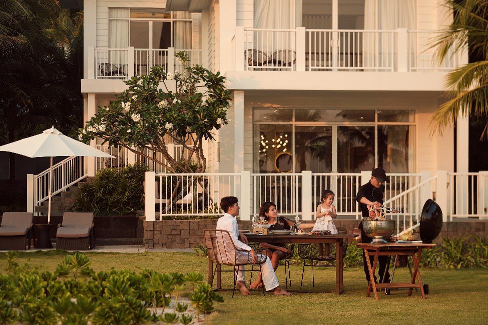 Bữa tiệc BBQ thịnh soạn ngay trong mỗi căn Villa của Premier Village Phu Quoc Resort  - Ảnh 4