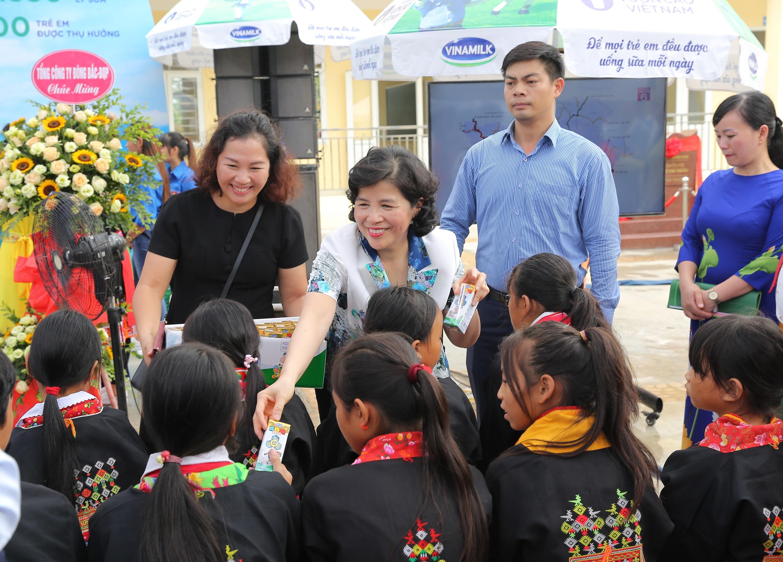 """Quỹ sữa Vươn Cao Việt Nam- Nỗ lực vì sứ mệnh: """"Để mọi trẻ em đều được uống sữa mỗi ngày""""  - Ảnh 2"""