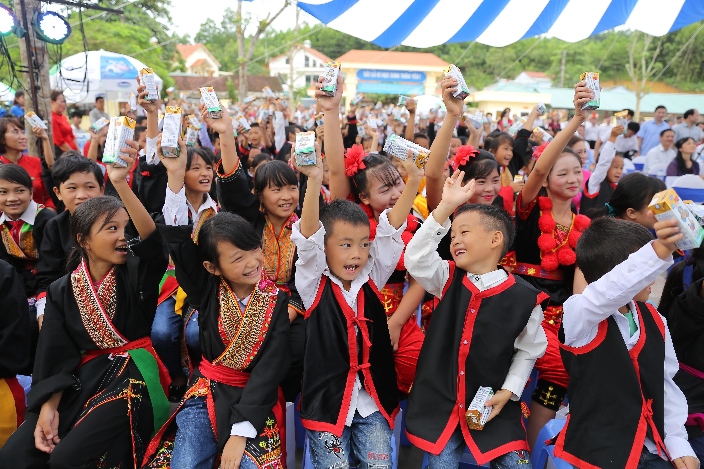 """Quỹ sữa Vươn Cao Việt Nam- Nỗ lực vì sứ mệnh: """"Để mọi trẻ em đều được uống sữa mỗi ngày""""  - Ảnh 3"""