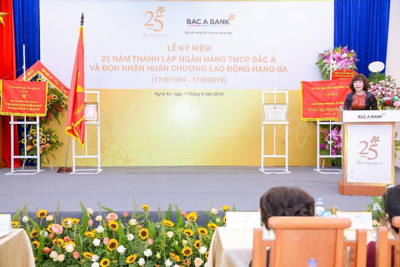 BAC A BANK kỉ niệm 25 năm thành lập và đón nhận Huân chương Lao động hạng Ba - Ảnh 6