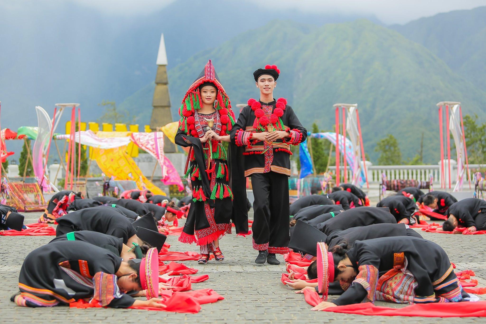 Chất Tây Bắc sống động khiến du khách thích thú với Giải đua ngựa tại Fansipan  - Ảnh 9