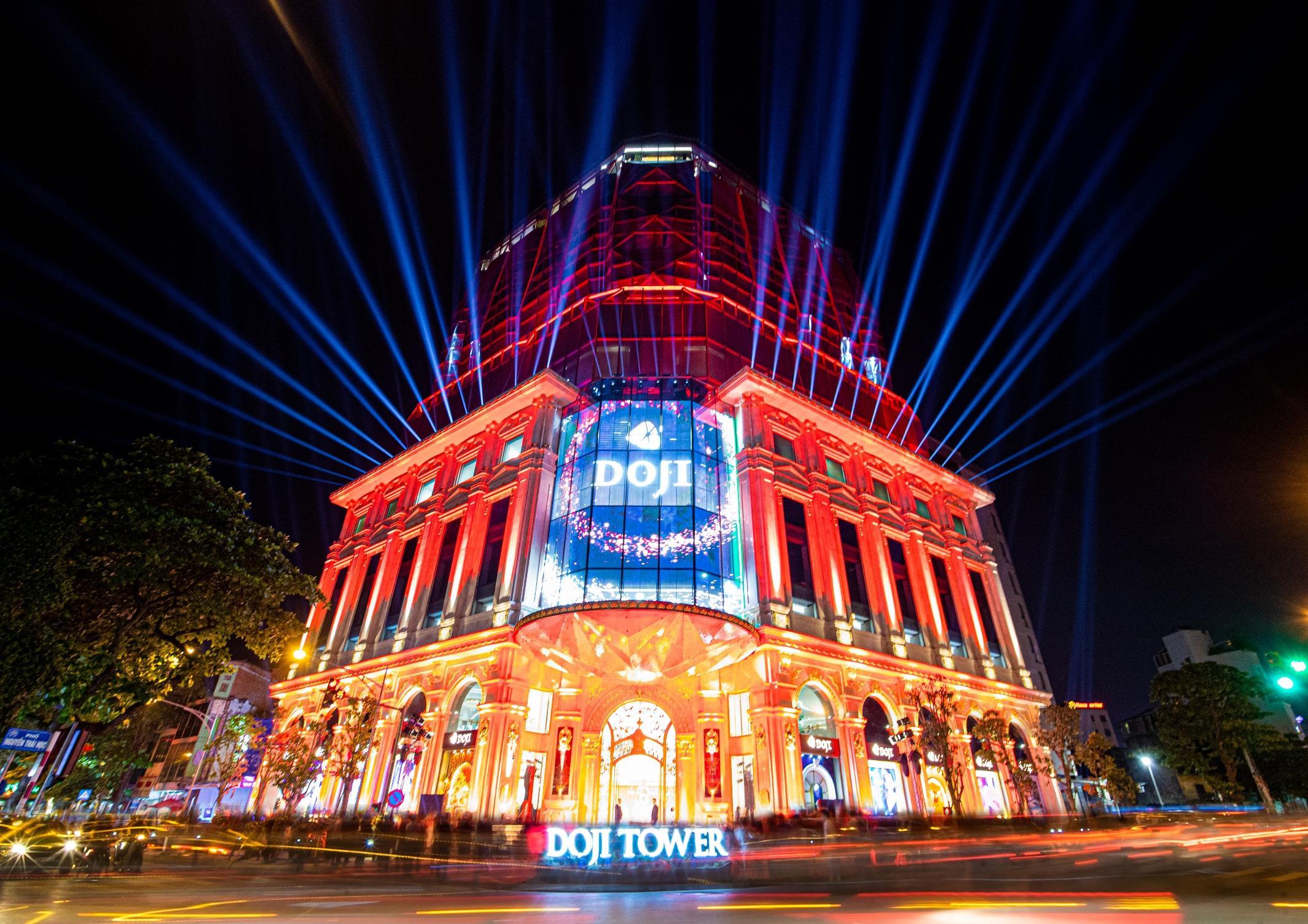 Choáng ngợp với sự kiện mừng khánh thành của kiệt tác kiến trúc DOJI Tower  - Ảnh 6