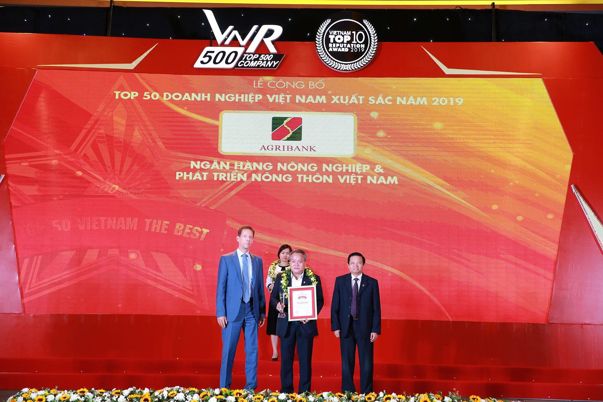 Agribank - TOP10 Doanh nghiệp lớn nhất Việt Nam năm 2019  - Ảnh 1
