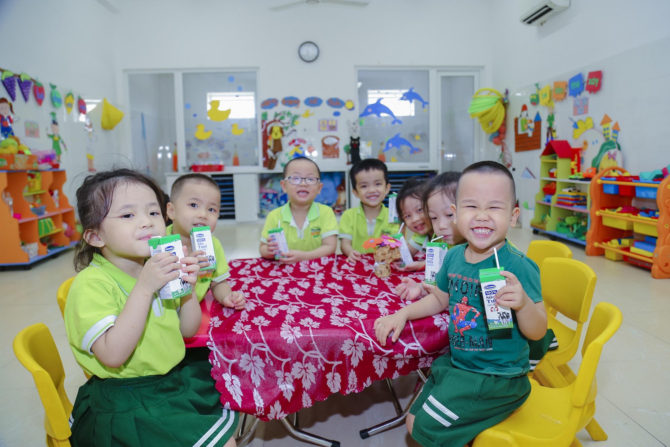 Đà Nẵng tổ chức hội nghị sơ kết đề án sữa học đường giai đoạn 2018-2020 - Ảnh 1