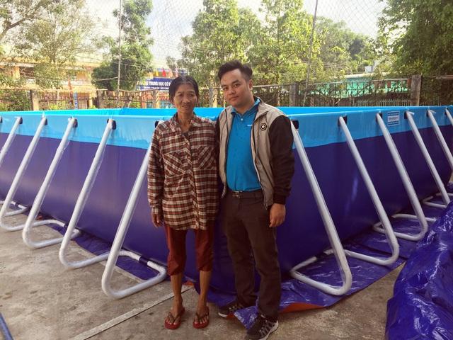 Trao tặng 5 bể bơi di động miễn phí của nhà sản xuất Hoàng Hải - Ảnh 3