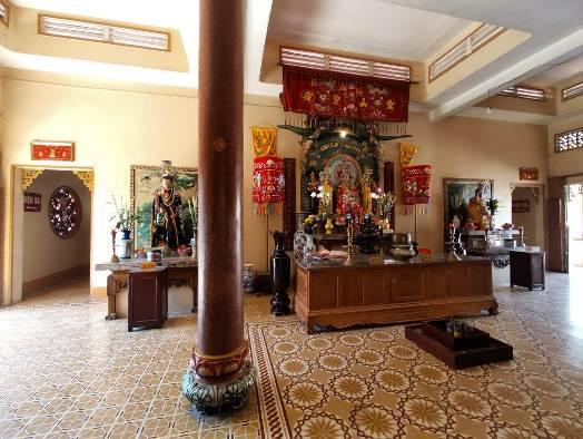 Vãn cảnh cầu an ở quần thể chùa nổi tiếng nhất Tây Ninh dịp Tết 2020  - Ảnh 6