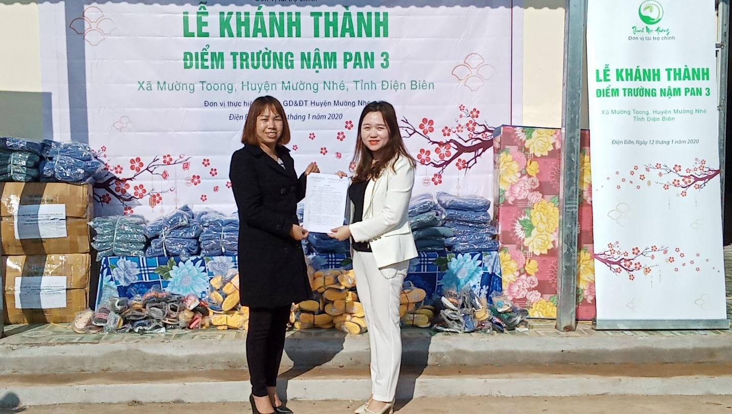 Long trọng tổ chức khánh thành công trình phòng học Thanh Mộc Hương thứ 1 tại Điện Biên  - Ảnh 4