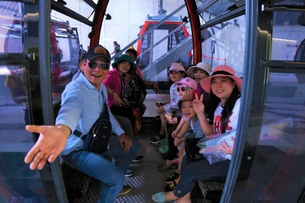 Cáp treo núi Bà Đen của Sun Group giảm giá 50%, người dân Tây Ninh hào hứng 'check in' Nóc nhà Đông Nam Bộ  - Ảnh 2