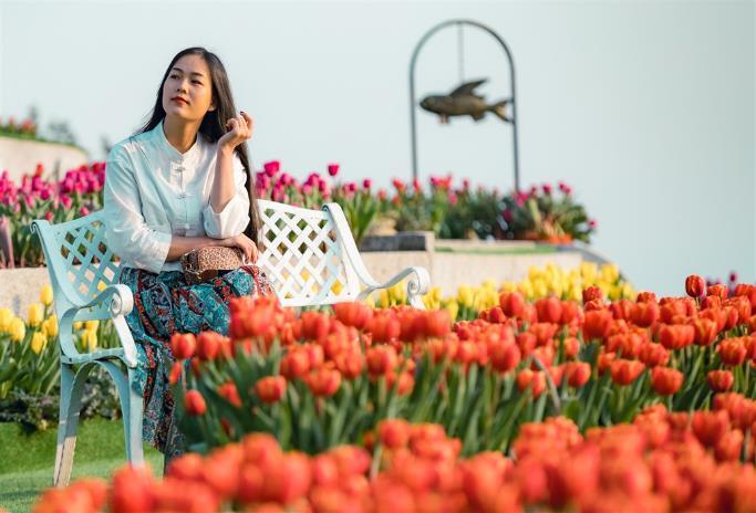 """Phiêu bồng xứ hoa Bà Nà, """"sống ảo"""" cùng 1,5 triệu bông tulip và hơn thế nữa  - Ảnh 10"""
