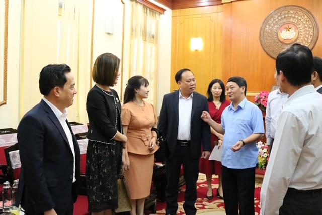 CBNV Tập đoàn Kosy ủng hộ 660 triệu đồng giúp miền Trung vượt bão lũ - Ảnh 2