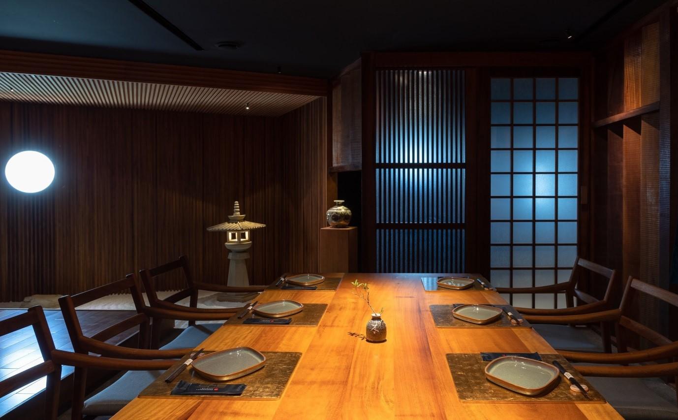 Không gian sang trọng, tinh tế tại Wabi Premium Japanese Restaurant  - Ảnh 4