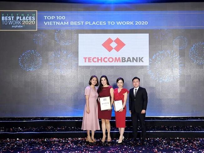"""Techcombank 5 năm liền Top 2 """"Nơi làm việc tốt nhất VIệt Nam"""" ngành tài chính ngân hàng - Ảnh 1"""