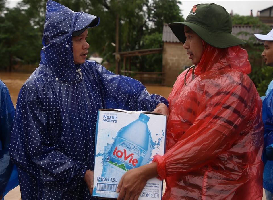 Nestlé Việt Nam chung tay hỗ trợ  đồng bào miền Trung bị ảnh hưởng bởi lũ lụt - Ảnh 2