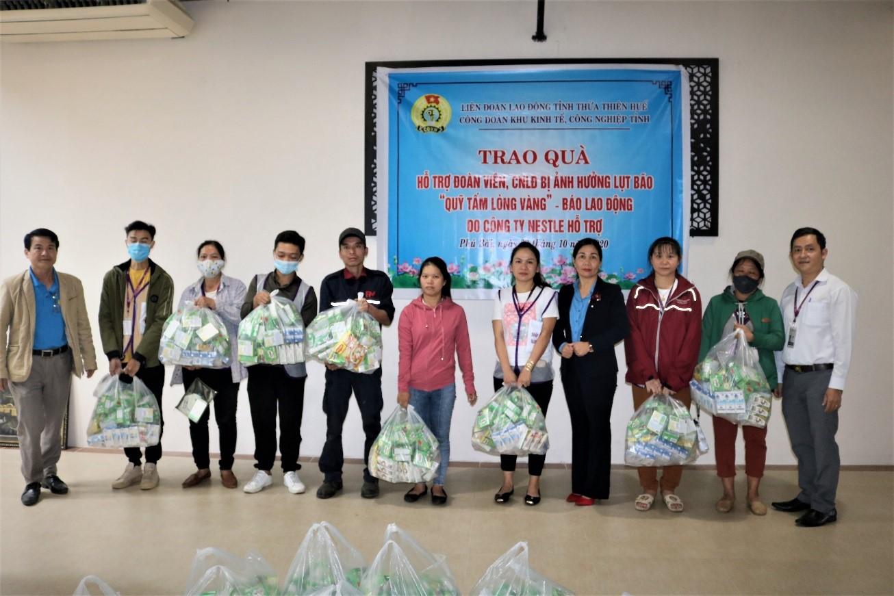Nestlé Việt Nam chung tay hỗ trợ  đồng bào miền Trung bị ảnh hưởng bởi lũ lụt - Ảnh 3
