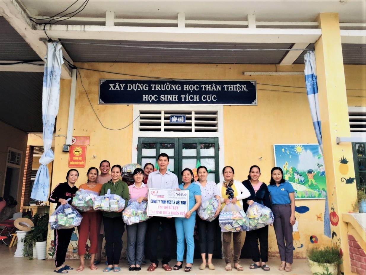 Nestlé Việt Nam chung tay hỗ trợ  đồng bào miền Trung bị ảnh hưởng bởi lũ lụt - Ảnh 4