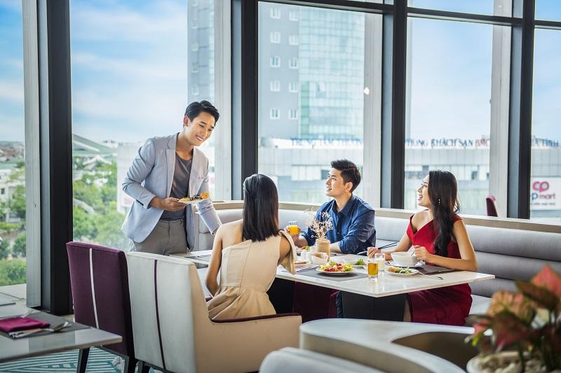 Trải nghiệm mùa lễ hội siêu sang tại khách sạn cao nhất Bắc Trung Bộ - Ảnh 2