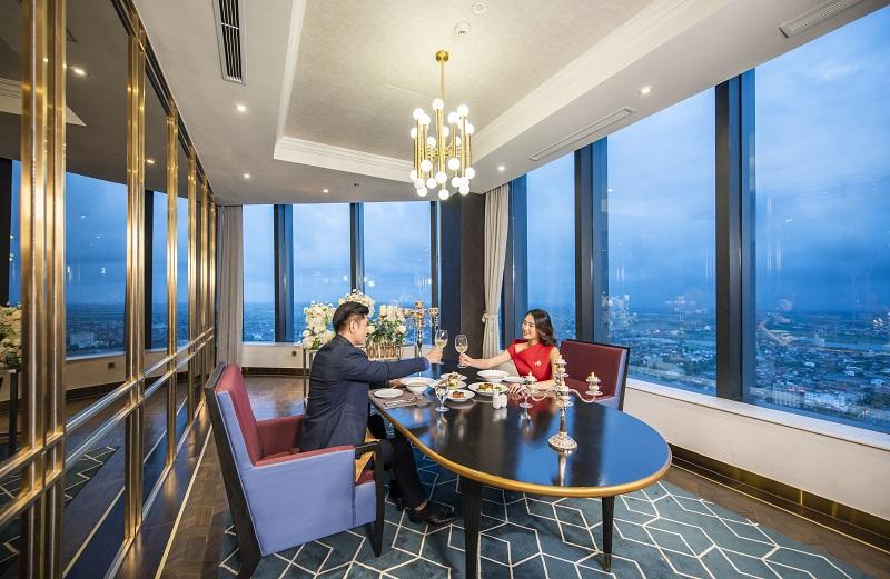 Trải nghiệm mùa lễ hội siêu sang tại khách sạn cao nhất Bắc Trung Bộ - Ảnh 7