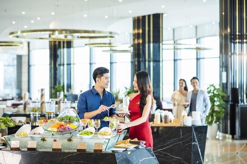 Trải nghiệm mùa lễ hội siêu sang tại khách sạn cao nhất Bắc Trung Bộ - Ảnh 8
