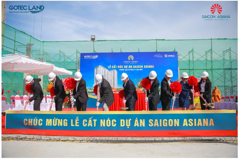 Cán đích vượt tiến độ, Saigon Asiana chính thức cất nóc - Ảnh 1