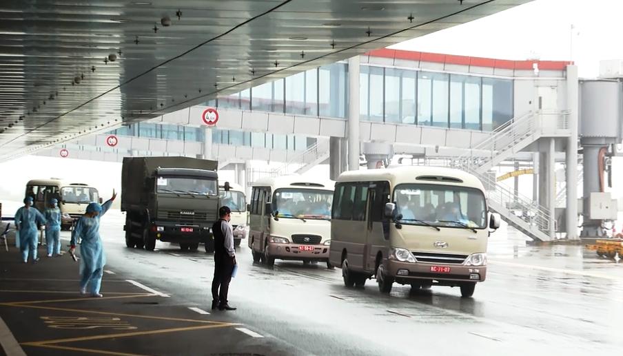 """Quy trình đặc biệt của những chuyến bay """"giải cứu"""" về Sân bay Vân Đồn  - Ảnh 1"""