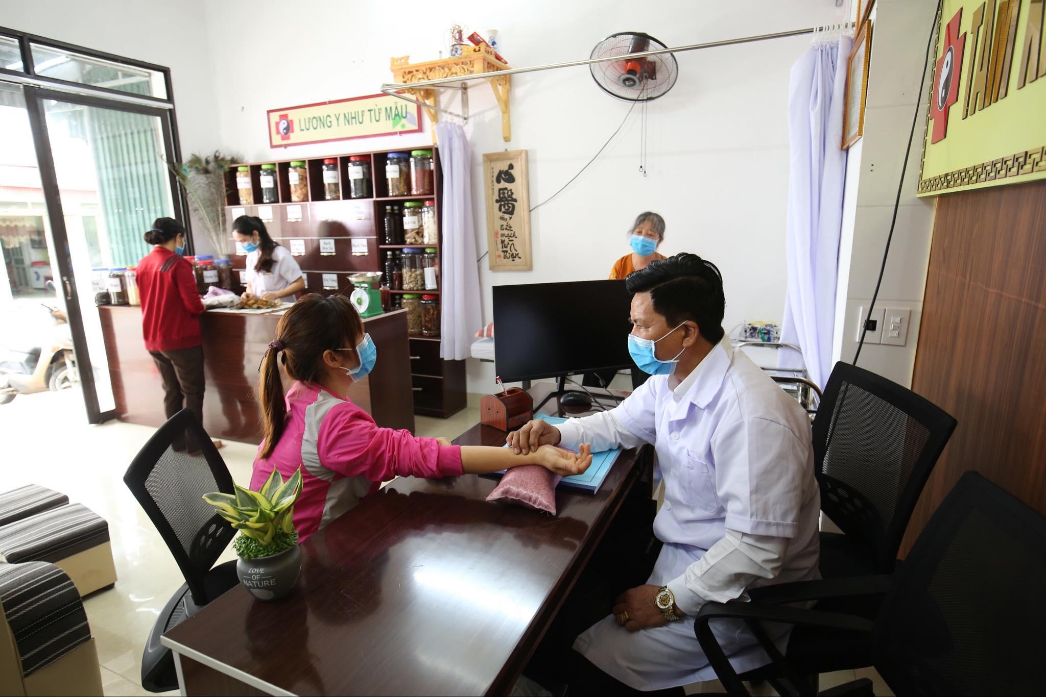 Bật mí bài thuốc đặc trị bệnh dạ dày của lương y Nguyễn Xuân Điềm  - Ảnh 1