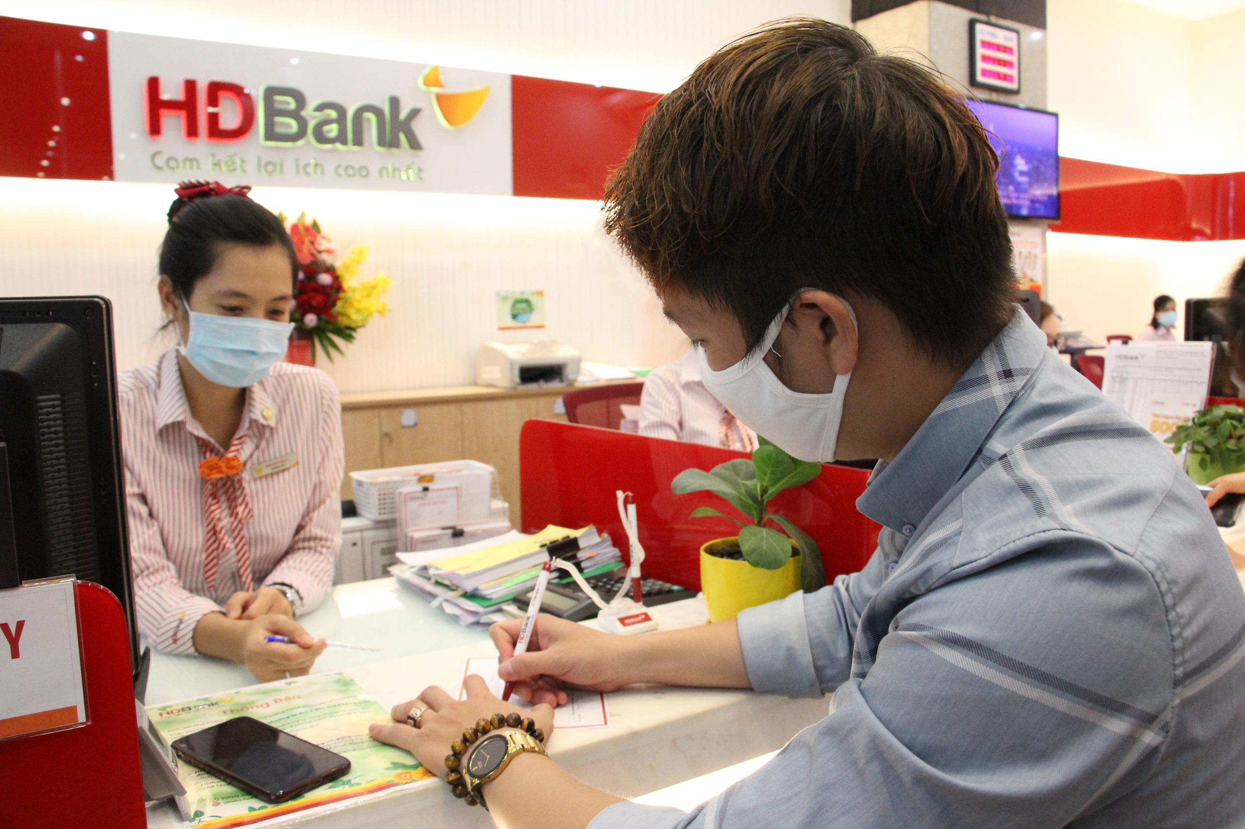 HDBank ân hạn thời gian trả nợ gốc của khách hàng trong mùa dịch  - Ảnh 1