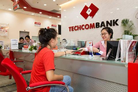 Techcombank công bố gói hỗ trợ 30,000 tỷ đồng chia sẻ khó khăn, tạo điều kiện cho khách hàng ổn định đời sống và hồi phục kinh doanh  - Ảnh 1