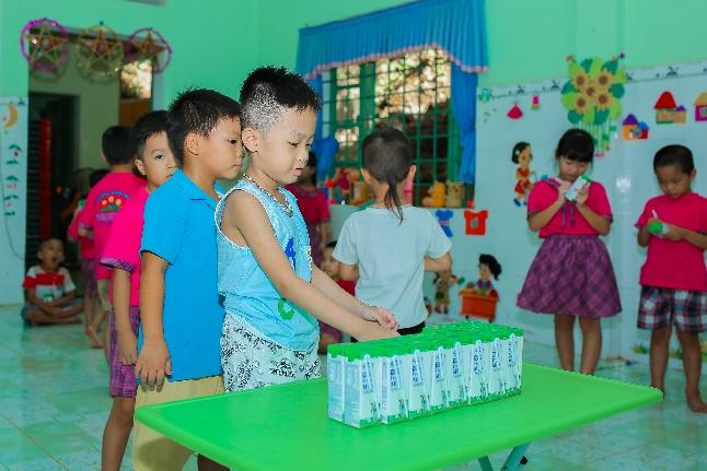 """Nhân rộng niềm vui mang tên """"Sữa học đường""""  - Ảnh 2"""
