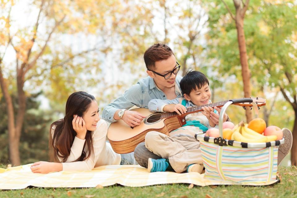 Cha mẹ hiện đại và chiến lược giúp con trẻ phát triển toàn diện  - Ảnh 1