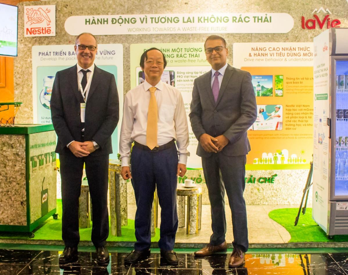 Nestlé Việt Nam và La Vie Tiếp Tục Hành Động Vì Một Tương Lai Không Rác Thải  - Ảnh 1