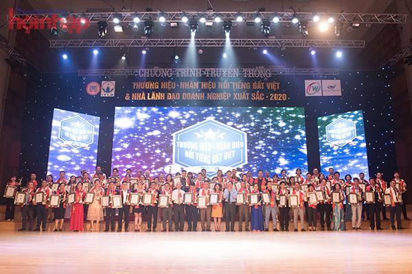 Vinh danh thương hiệu Đông y Nguyên Khí tại lễ trao giải Thương hiệu – Nhãn hiệu nổi tiếng Đất Việt và Nhà lãnh đạo doanh nghiệp xuất sắc 2020 - Ảnh 1