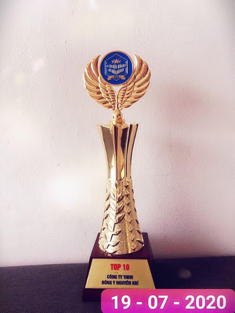Vinh danh thương hiệu Đông y Nguyên Khí tại lễ trao giải Thương hiệu – Nhãn hiệu nổi tiếng Đất Việt và Nhà lãnh đạo doanh nghiệp xuất sắc 2020 - Ảnh 3