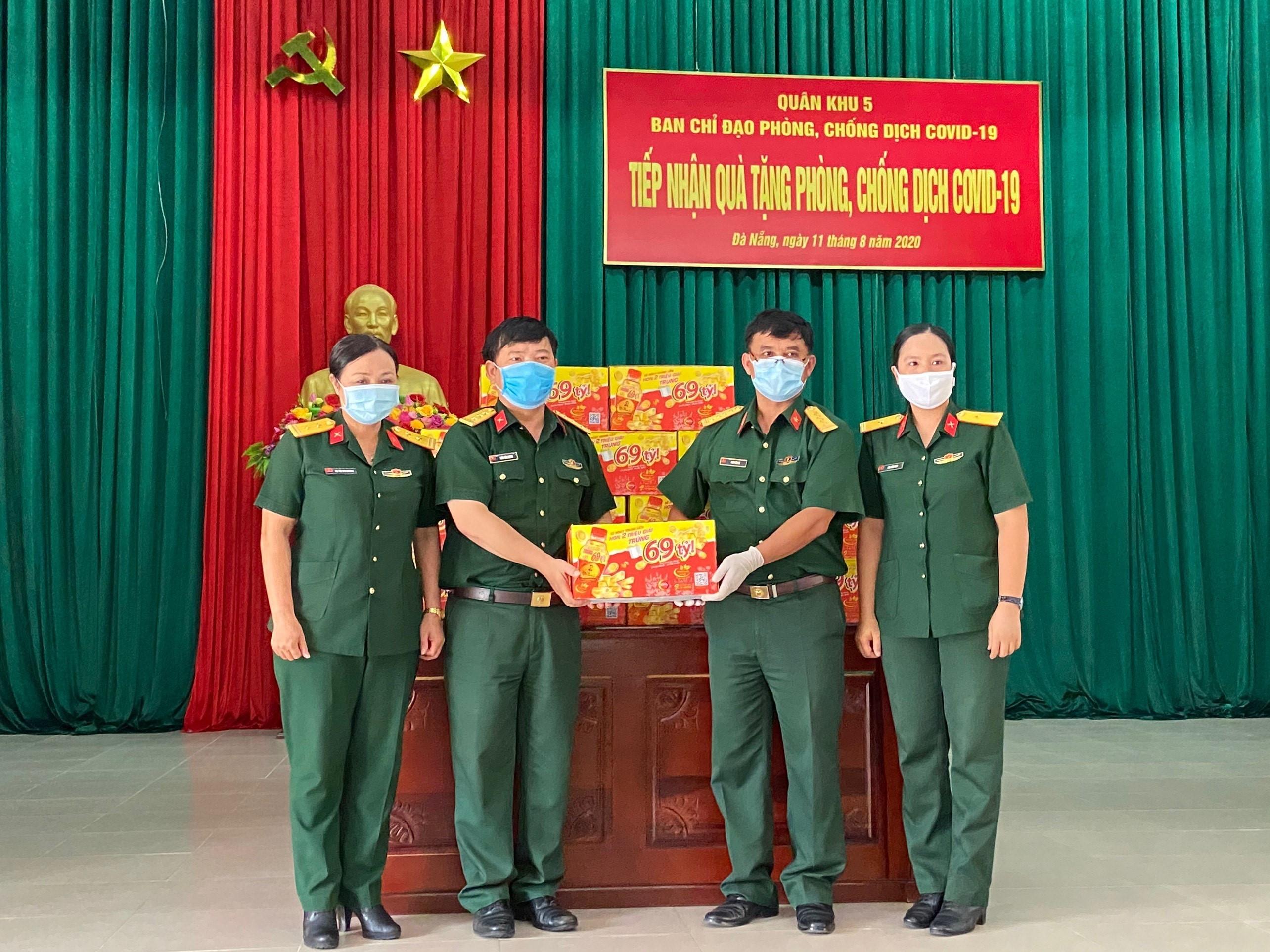 72.000 sản phẩm Trà Thanh Nhiệt Dr Thanh tiếp tục tiếp sức đồng bào, chiến sĩ tại Quân khu 5 và Quân khu 7 - Ảnh 1