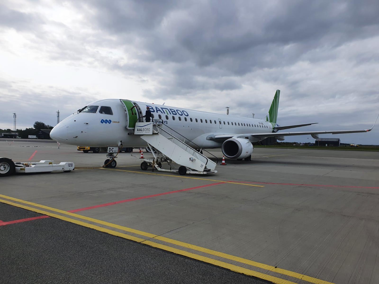 Bamboo Airways đón máy bay phản lực hiện đại Embraer E195, sẵn sàng bay thẳng Côn Đảo từ 29/9 - Ảnh 2