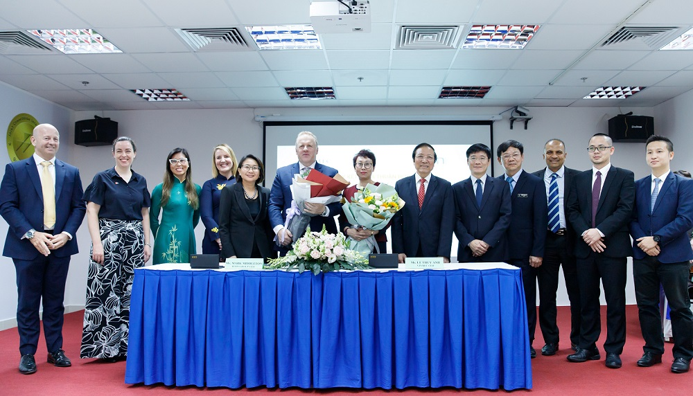 """Hợp tác với các đối tác hàng đầu thế giới, Vinmec """"đón đầu"""" công nghệ điều trị ung bướu tại Việt Nam - Ảnh 2"""