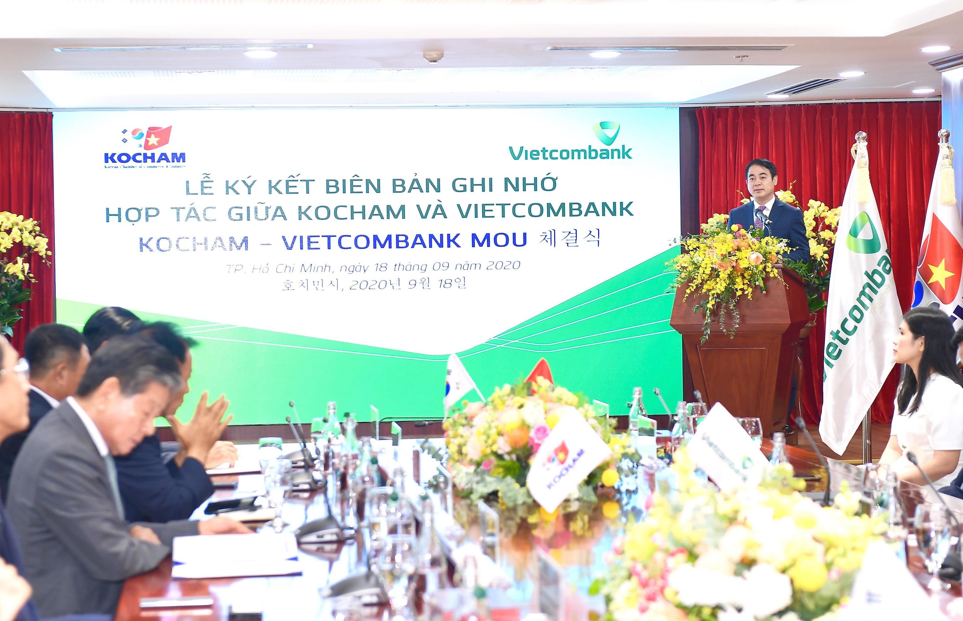 Lễ ký kết Biên bản ghi nhớ hợp tác giữa Vietcombank và Kocham - Ảnh 1
