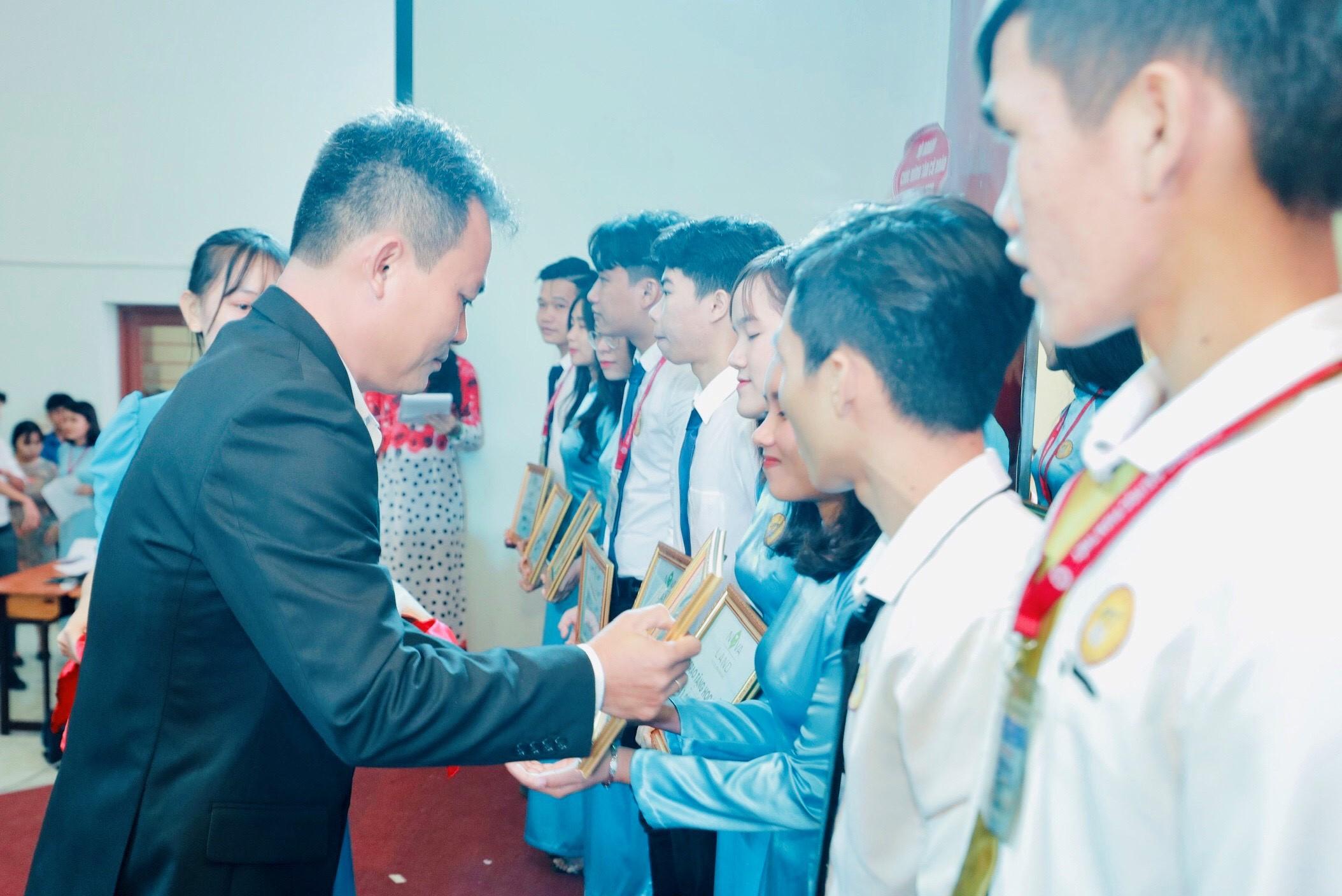 Tập đoàn Novaland đồng hành cùng giáo dục và đào tạo tỉnh Bình Thuận  - Ảnh 1