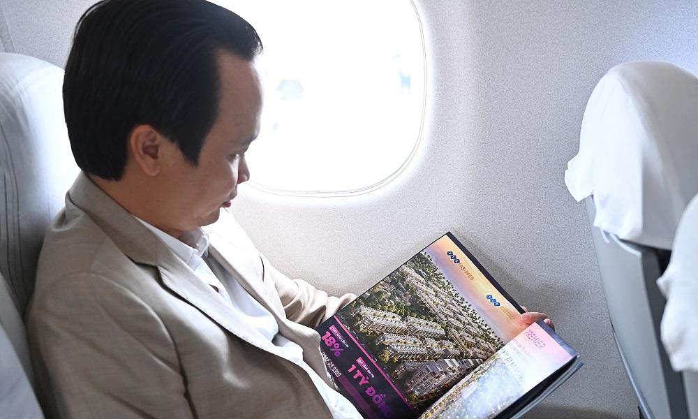 Chủ tịch Bamboo Airways Trịnh Văn Quyết cùng hành khách bay thẳng Hà Nội - Côn Đảo ngày khai trương - Ảnh 4