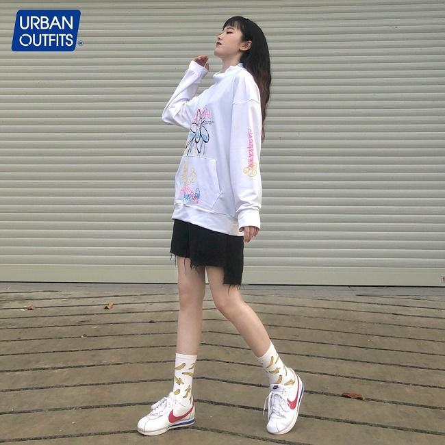 Thời trang dạo phố Tết xuân hè với những thiết kế Unisex mang đầy hơi thở tự do của URBAN OUTFITS - Ảnh 6
