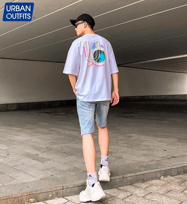 Thời trang dạo phố Tết xuân hè với những thiết kế Unisex mang đầy hơi thở tự do của URBAN OUTFITS - Ảnh 1